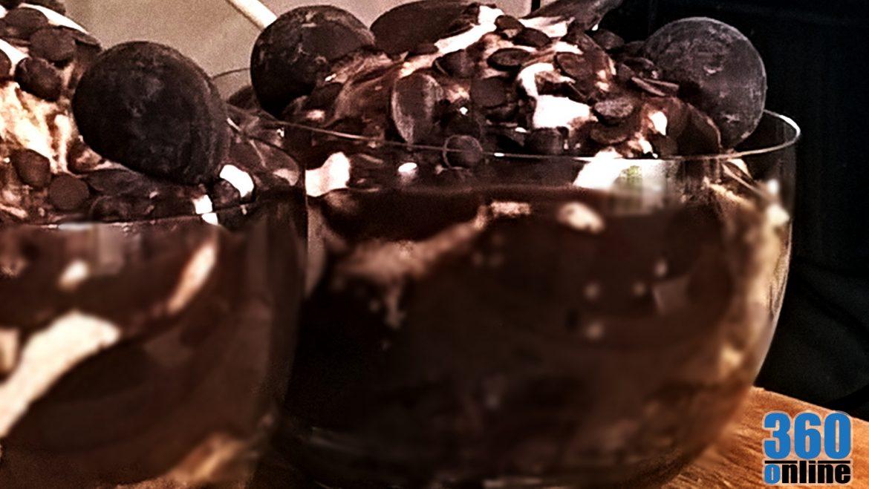 Ezt főztük ki // Meggyes-csokis pohárdesszert